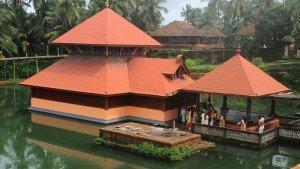 ananthapura_lake_temple_kasargod20131031101820_159_1