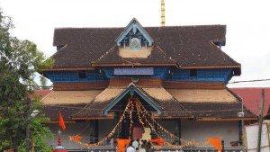 aranmula_parthasarathy_temple20131031102238_564_1