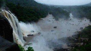 athirappalli_and_vazhachal_waterfalls_thrissur20131105113622_79_1