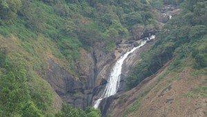 attukad_waterfalls_munnar20150213072641_122_1