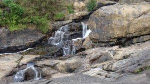 attukad_waterfalls_munnar20150213072641_122_2