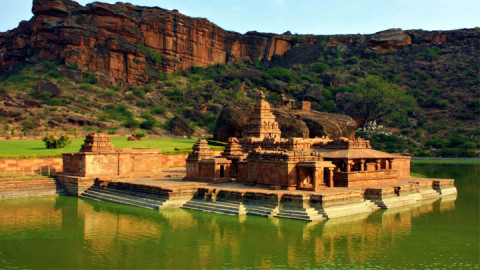 badami fort one of historical place in karnatka ,india